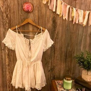 {free people} white floral lace trimmed romper xs